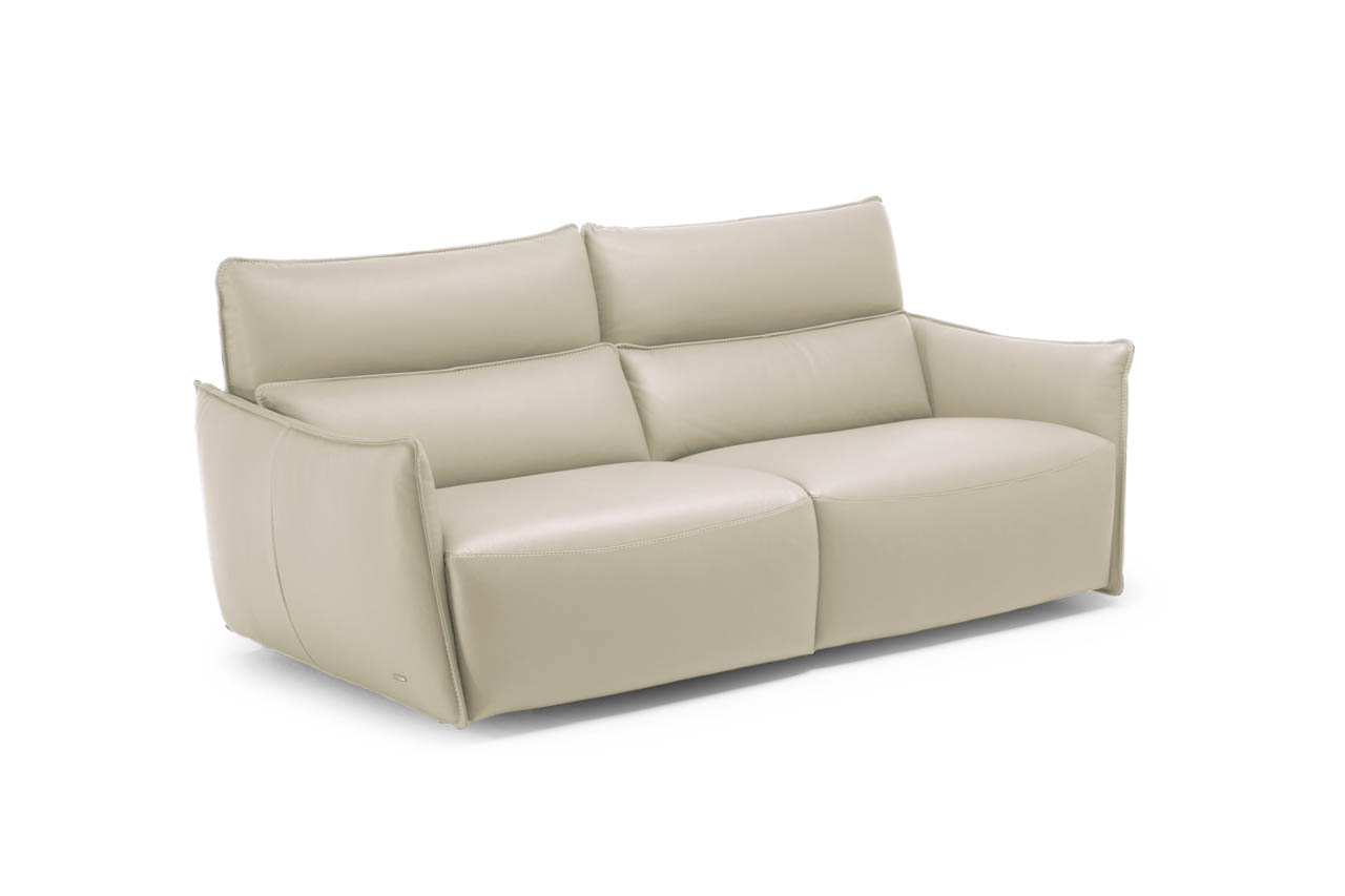 Scopri le 50 sfumature di comfort divani divani by natuzzi for Divani e divani pelle